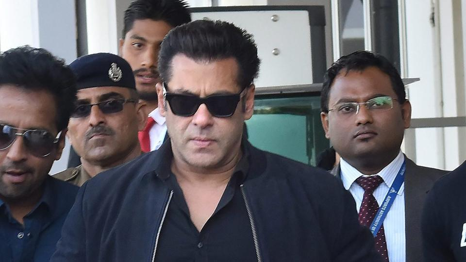 Bollywood actor Salman Khan arrives at district and sessions court in arms case linked to killing of a blackbuck in Jodhpur.
