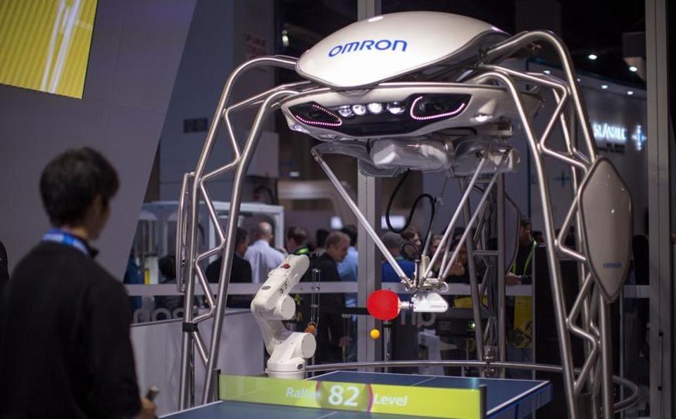 Robot,Forpheus,Emotional robot