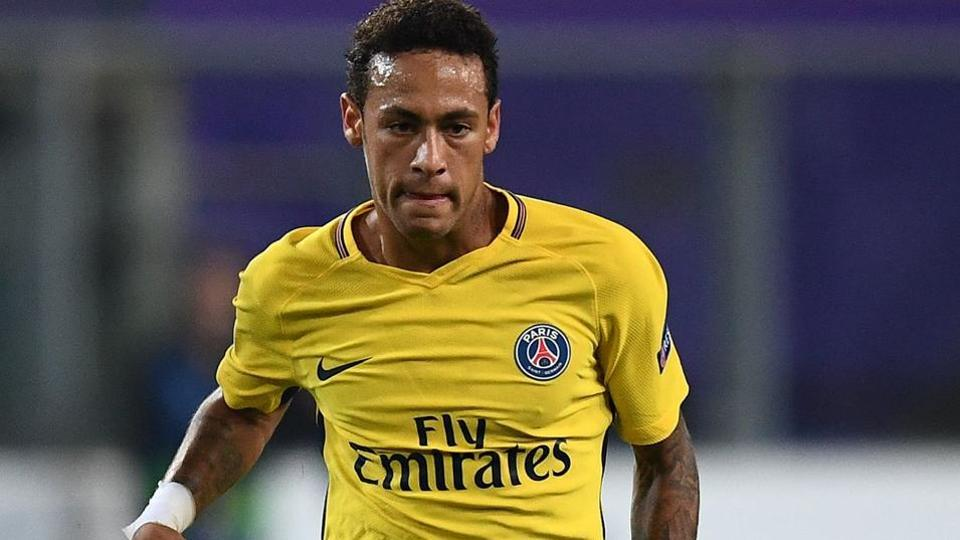 Neymar switched fromFCBarcelona to Paris Saint-Germain in a record-breaking move.