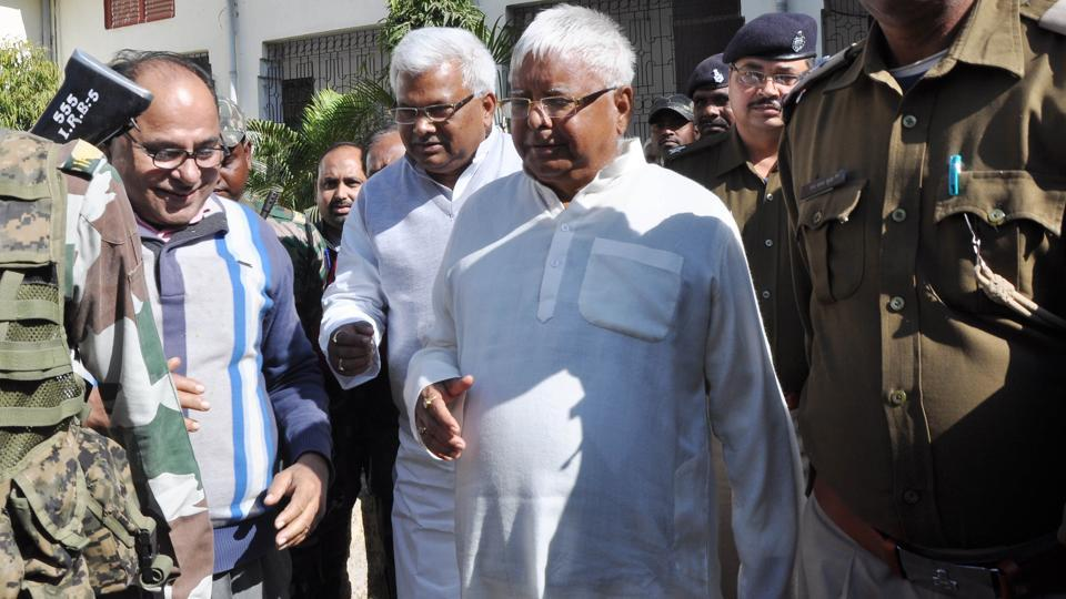 Convicted former Chief Minister of Bihar Lalu Prasad under heavy securities coming to special CBI court in the connection of multi-million-rupee fodder scam in Ranchi, India, on Friday, January 12, 2018.