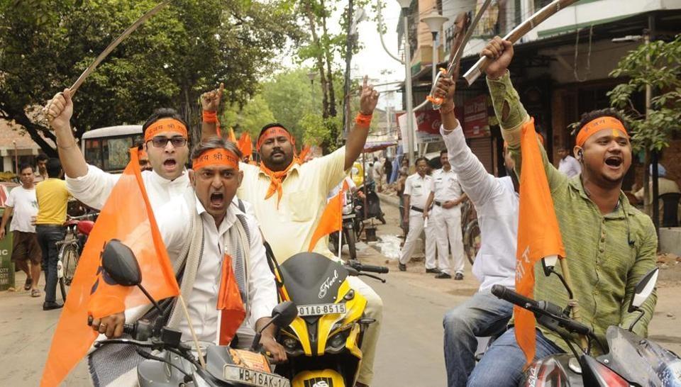 West Bengal,Weapons Ban,Kolkata Police