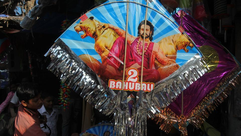 A superhero kite for fans of Bahubali was available at a kite shop in Thane market. The festival marks the end of winter, and some believe that the tradition of kite-flying is to give people a healthy exposure to the sun after the long winter months.  (Praful Gangurde/HT Photo)