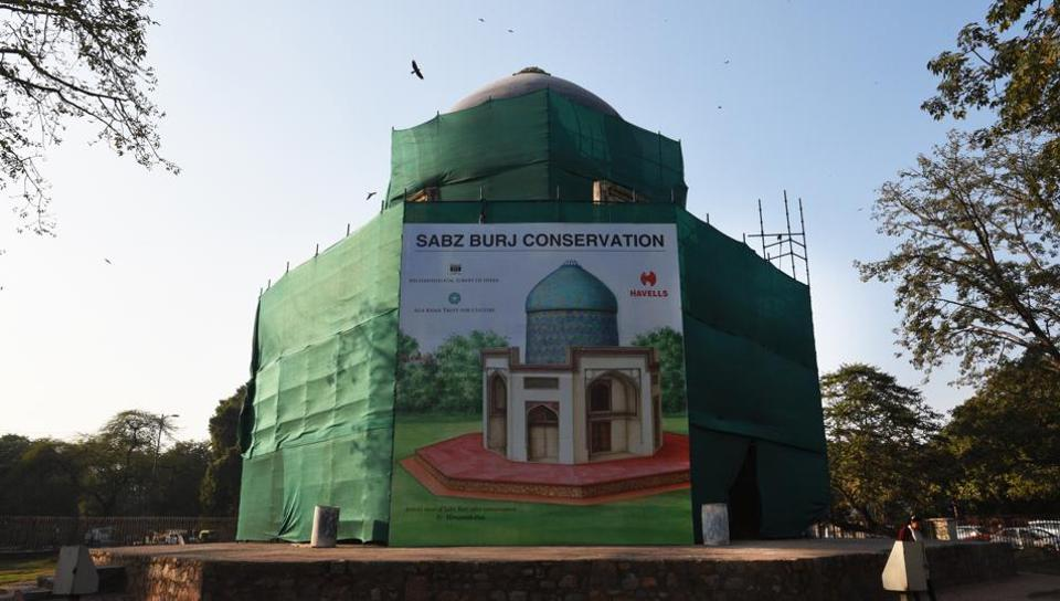 Sabz Burj is a 16th century double-domed octagonal tower on the roundabout next to Humayun's tomb complex in central Delhi.