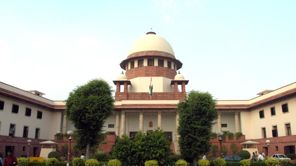SC asks Maharashtra govt to probe Judge BH Loya's 'mysterious' death
