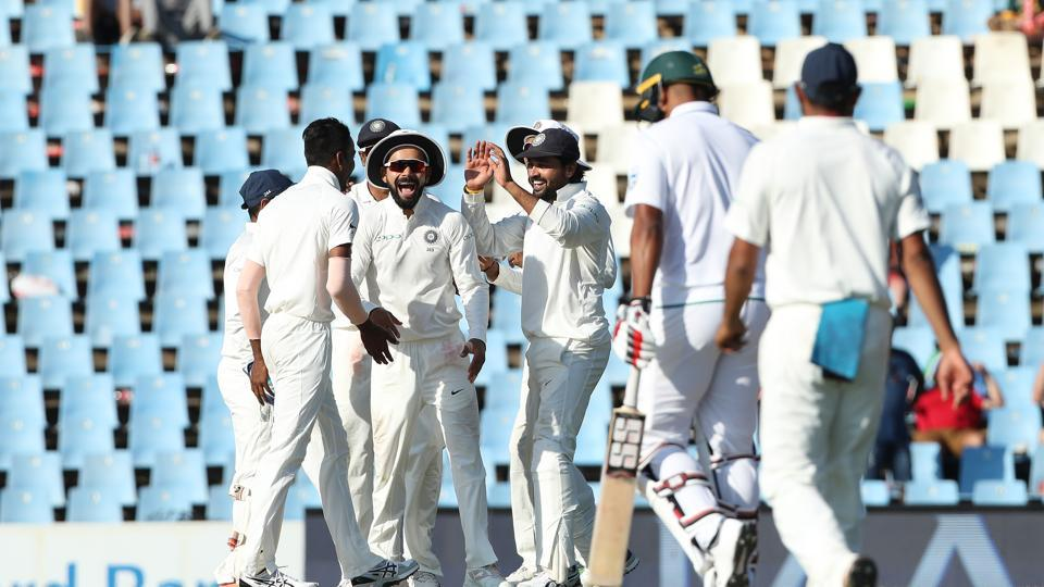 Vernon Philander's run-out and Ashwin's wicket of Quinton de Kock turned the match towards India as Virat Kohli's side restricted South Africa to 269/6 at stumps on day 1. (BCCI)