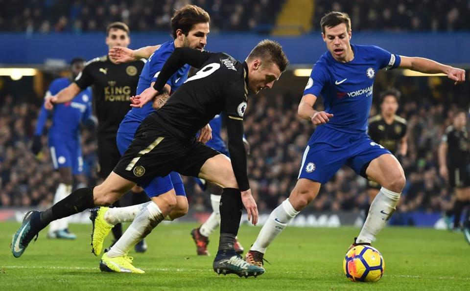 Leicester City held Chelsea to a goalless draw in a Premier League game at the Stamford Bridge on Saturday.