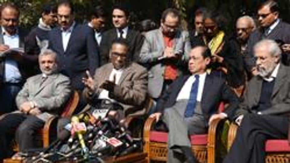 BJP, Congress lock horns over Supreme Court judges row