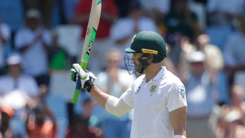 Faf du Plessis' gritty 63 helped South Africa get to a total near 350 in the second Test against India at Centurion Park.
