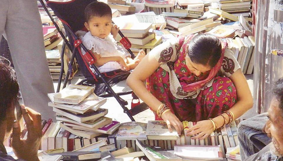 Dilliwallas of any class, caste, age or gender can go there and soak in its riches, taking back with them books of one's choice matched to one's purse