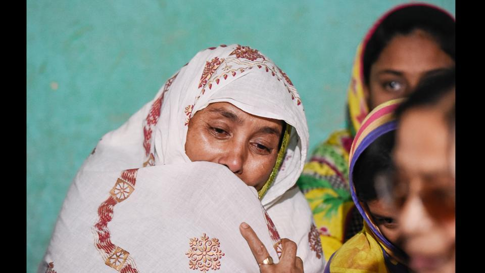 Gulbahar, wife of Afrajul, mourns the death of her husband, in village Saiydpur in West Bengal's Malda district a month ago. The nondescript village of roughly 7,000 people in West Bengal's Malda district has been mourning the death of fellow villager, Afrajul, who became the victim of a hate crime. (Burhaan Kinu / HT Photo)