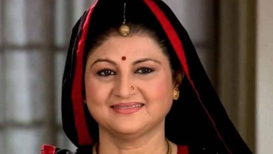 charu rohatgi who played parineeti chopra s mother in ishaqzaade