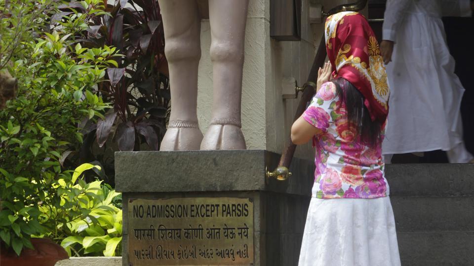 Goolrokh Gupta,Parsi,Agiari