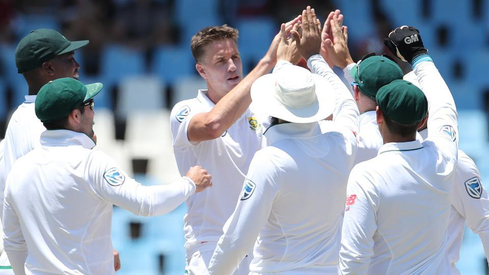 Morne Morkel removed the tail with a bouncer barrage as he picked up 4/60 to bowl India out for 307, giving South Africa a lead of 28.  (BCCI)