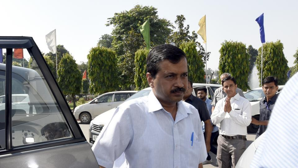 Soon after the House was convened, the ruling AAP MLAs rushed into the well of the House, demanding a discussion on the drive against properties that allegedly violate municipal norms.