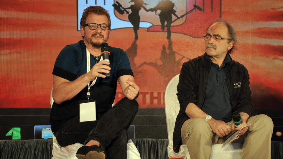 (L) Rodrigo Plá, Mexican film-maker, and Maurizio Nichetii, an actor and director from Italy, at the Vijay Tendulkar memorial lecture.