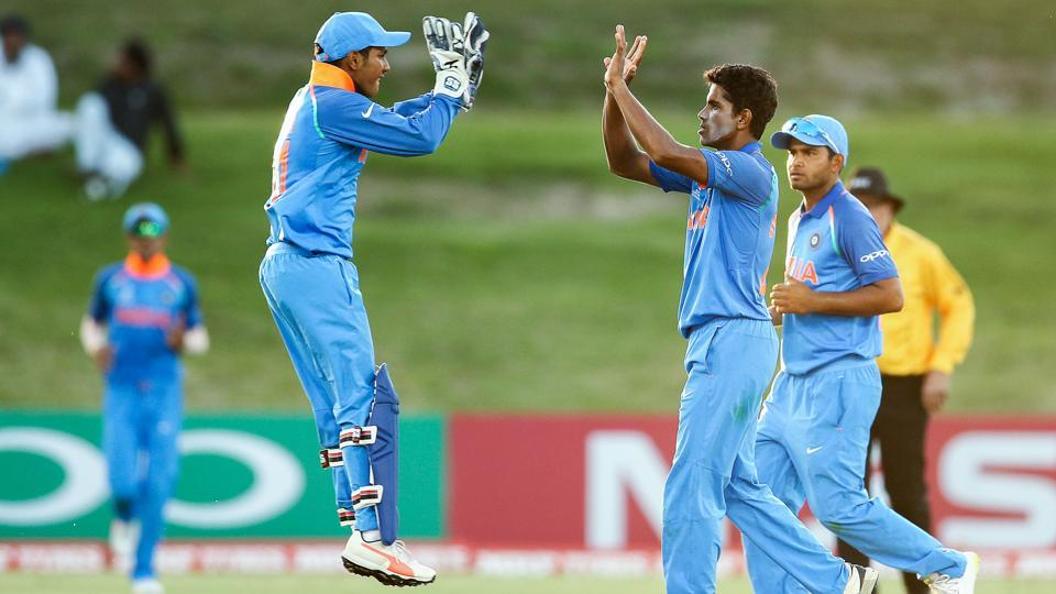 Former India skipper Sourav Ganguly was impressed by Shivam Mavi (2R) and Kamlesh Nagarkoti (not in picture) due to their ability to regularly bowl at speeds of 140 km/h.