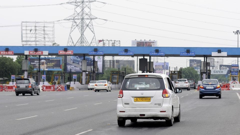 Industry department has given 25% discount for vehicles using the 302-km expressway.
