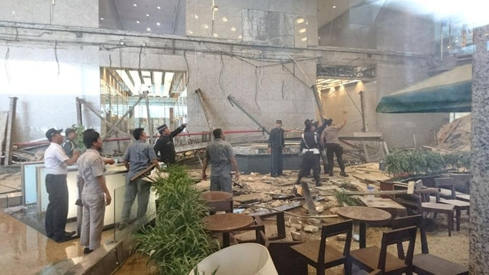Jakarta stock exchange,Jakarta,Jakarta stock exchange wall collapse