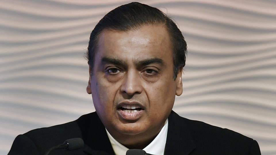 Reliance Industries chairman Mukesh Ambani announced Rs 5,000 crore investment in expanding telecom and petro-retail businesses in West Bengal.