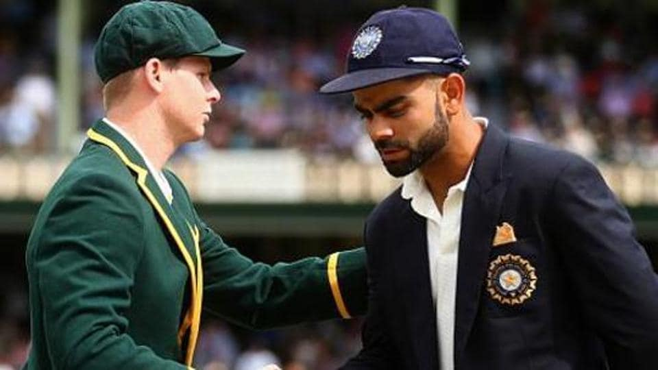 Former England cricket team skipper Mike Brearly admires how Steve Smith (L) and Virat Kohli deal with the pressures of captaincy whilst not letting it hamper their form.