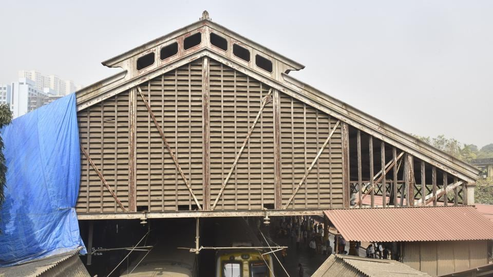The aesthetic of the sloping decorative wooden roof at both exits is at present obstructed by more recent construction. Byculla station holds an important place in the history of Indian railways as one of the stations along India's first railway route. According to BMC records, the station itself is a listed heritage structure. (Anshuman Poyrekar / HT Photo)