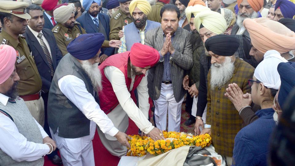 Punjab local bodies minister Navjot Singh Sidhu, local MP Gurjit Singh Aujla and MLA from Amritsar (central) OP Soni were prominent Congress leaders in Amritsar on Thursday.