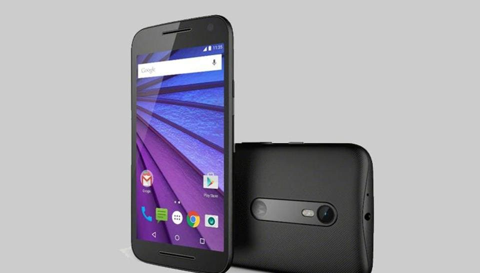 The phone has a big display, a user-friendly interface and does not lag while playing games