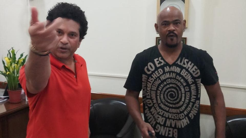 Sachin Tendulkar (L) celebrated Vinod Kambli's 46th birthday on Thursday. The former Indian cricket team players had once set a world record partnership in school cricket.
