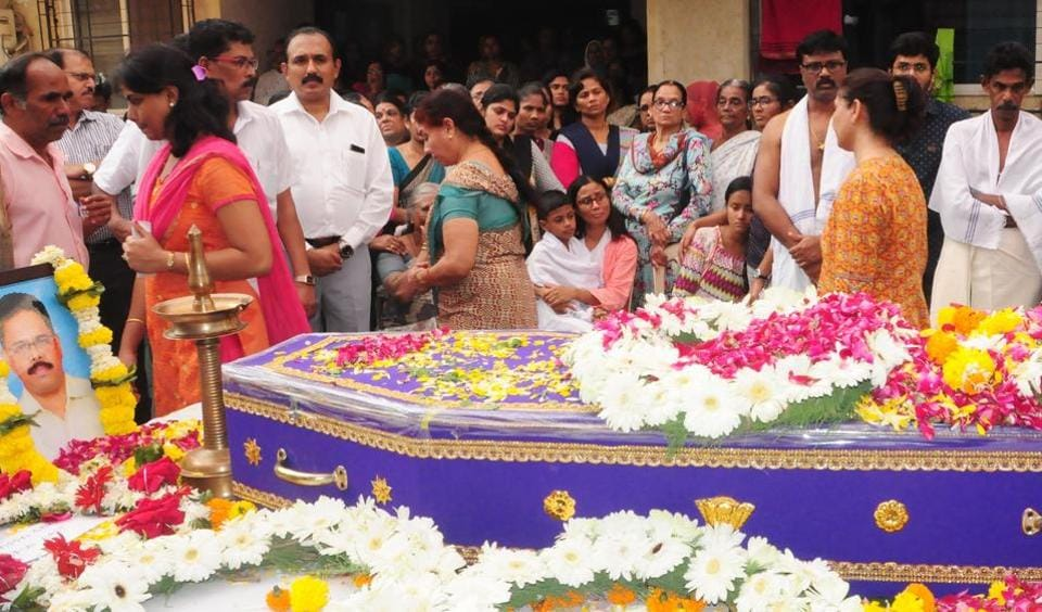 ONGCemployee V Bindulal Babu was cremated on Friday afternoon in Vasai.