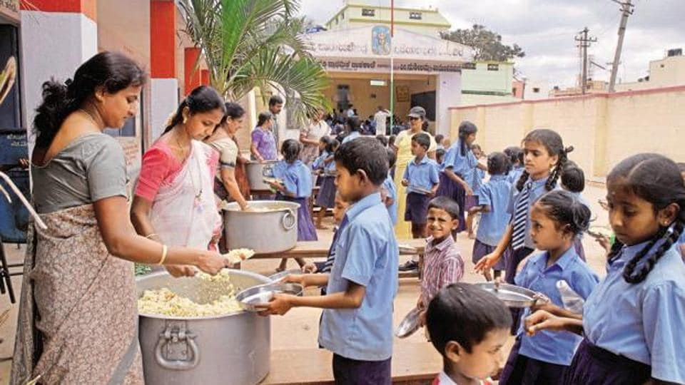 Midday meal,Kerala,School children hospitalized