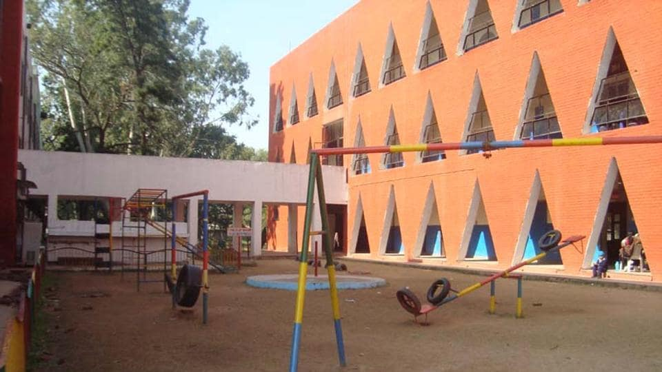 Chandigarh,boy thrashes female teacher,govt school