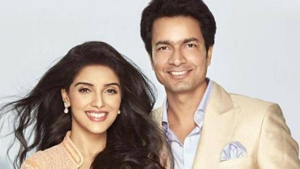 Asin celebrates her wedding anniversary with husband Rahul Sharma and her baby girl.