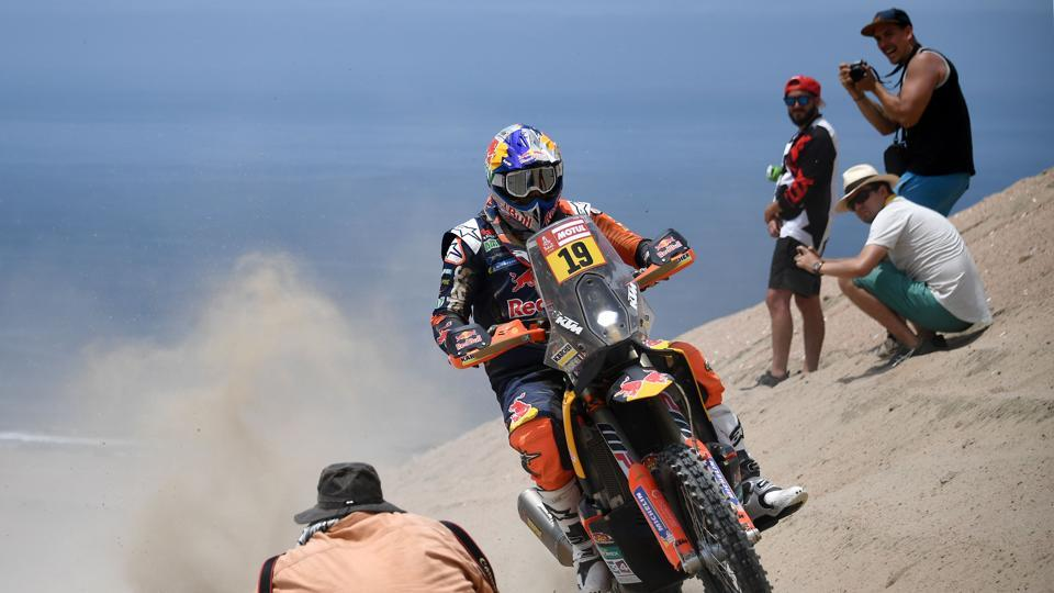French biker Antoine Meo on his KTM during the 2018 Dakar Rally Stage 2. 190 motorbikes and quads took part in this year's run. (Franck Fife / AFP)