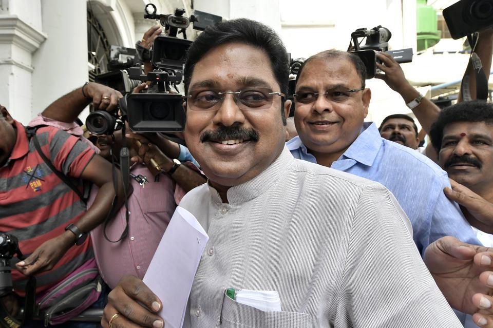 T T V Dhinakaran,AIADMK,AIADMK leader