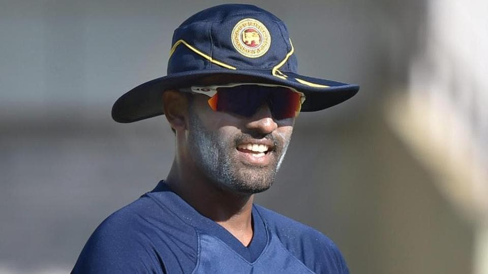Thisara Perera feels Chandika Hathurusingha needs time and support from Sri Lanka players in order to make a difference.