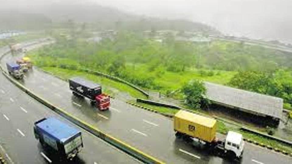 Mumbai,Mumbai-Pune Expressway,Mumbra