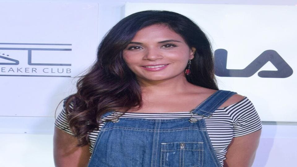 Actor Richa Chadha says she understands why filmmakers are forced to opt for safe plots and themes.