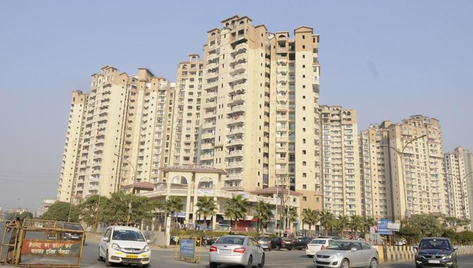 A notice has been issued to Amrapali Sapphire.