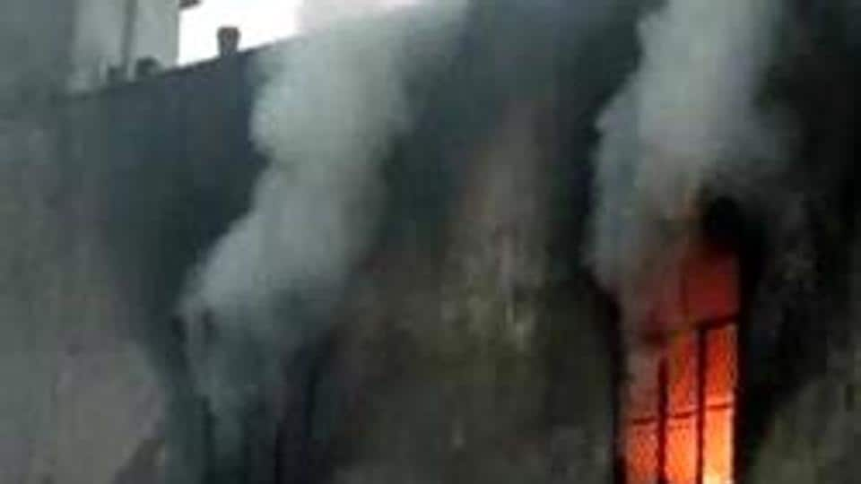 The fire at the factory which had about 30 people working when the fire broke out around 6.20pm. (HT Photo)