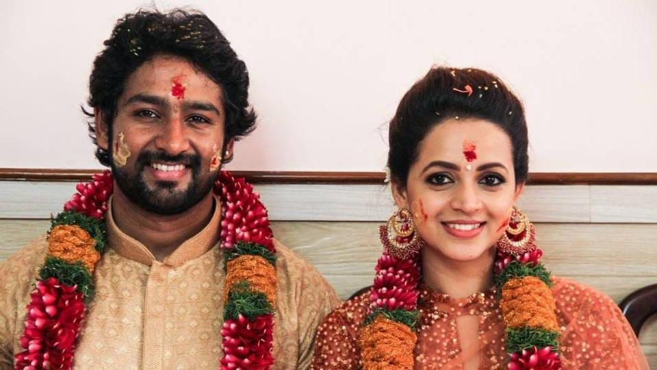 Bhavana And Naveen Wedding Took Place Monday Morning At A Temple