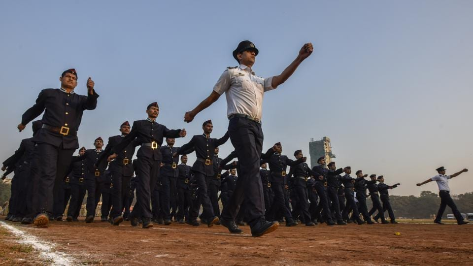 The parade will see a contingent of fire brigade personnel, who were also rehearsing at Shivaji Park on Monday. (Kunal Patil / HT Photo)