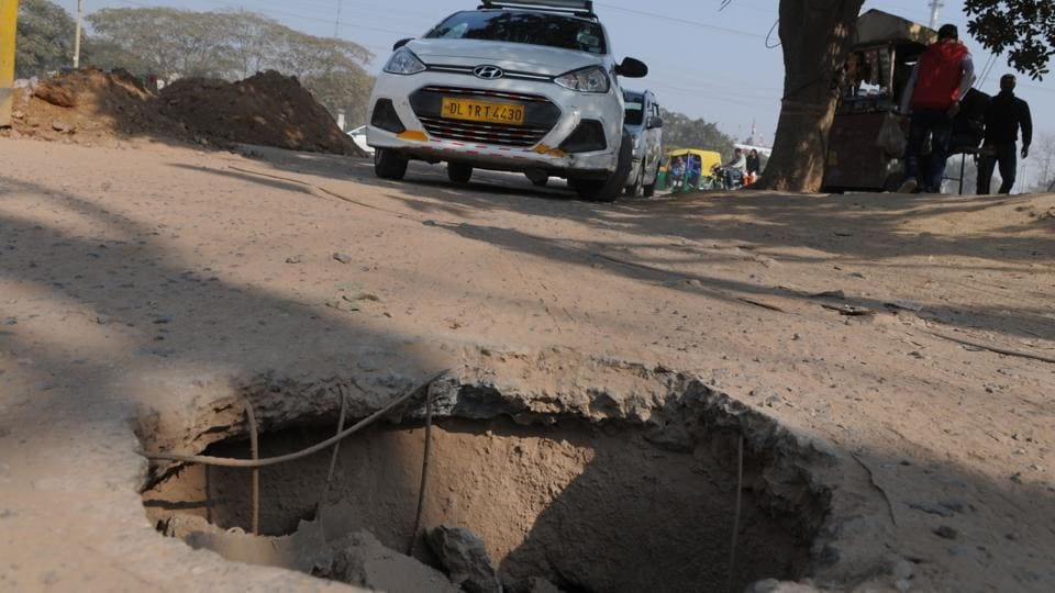 Missing manhole,Sector 34,Gurugram