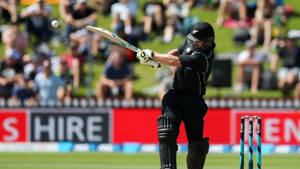 Colin Munro's unbeaten 49 gave New Zealand a seven-wicket win over Pakistan in the first T20I . Get full cricket score of New Zealand vs Pakistan, 1st T20I from Wellington here.