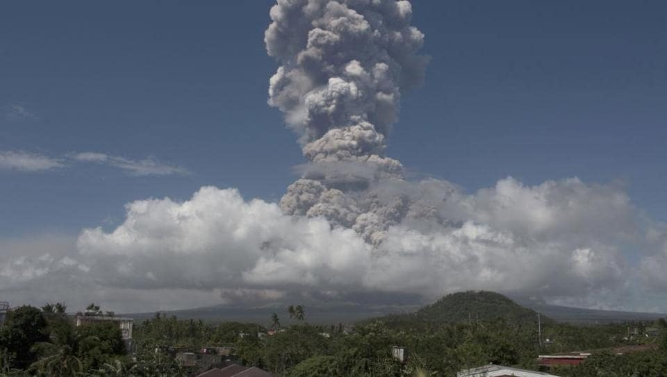 Philippines volcano eruption,Philippines,Mount Mayon