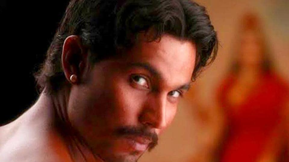Randeep Hooda in a still from Rang Rasiya.