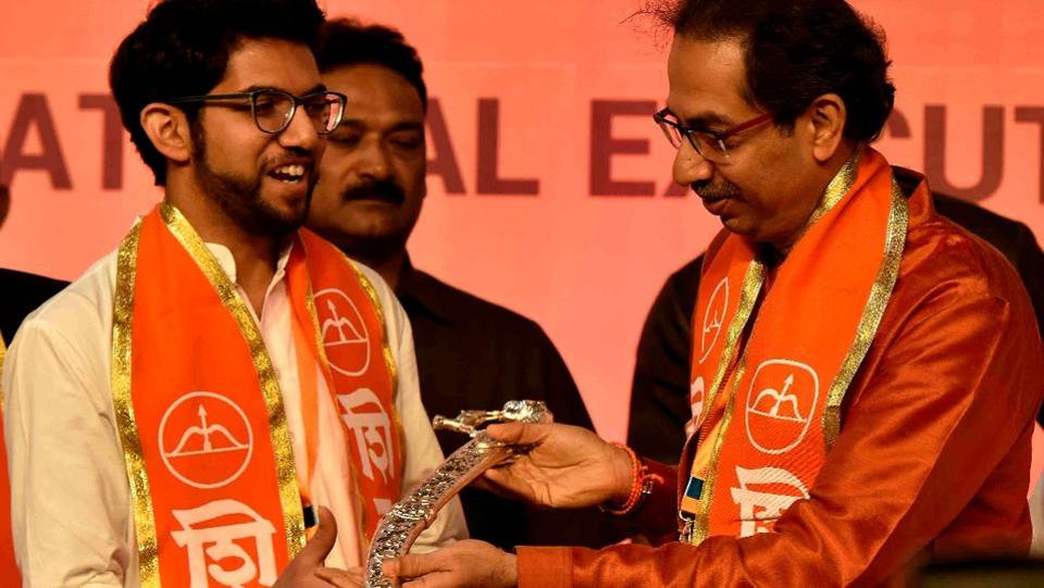 The Shiv Sena on Tuesday announced at its national executive meeting that it will contest the 2019 state and Lok Sabha elections on its own, and elevated Uddhav Thackeray's son Aaditya (left) in its hierarchy making him a part of the party's core team. (Anshuman Poyrekar / HT Photo)