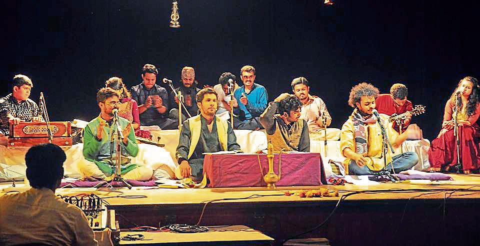The idea floated by Wide Wings Media, 'Natyasattak Rajani' is the first of its kind overnight theatre festival which will bring back memories for many Punekars of attending such plays in the 60s and 70s.