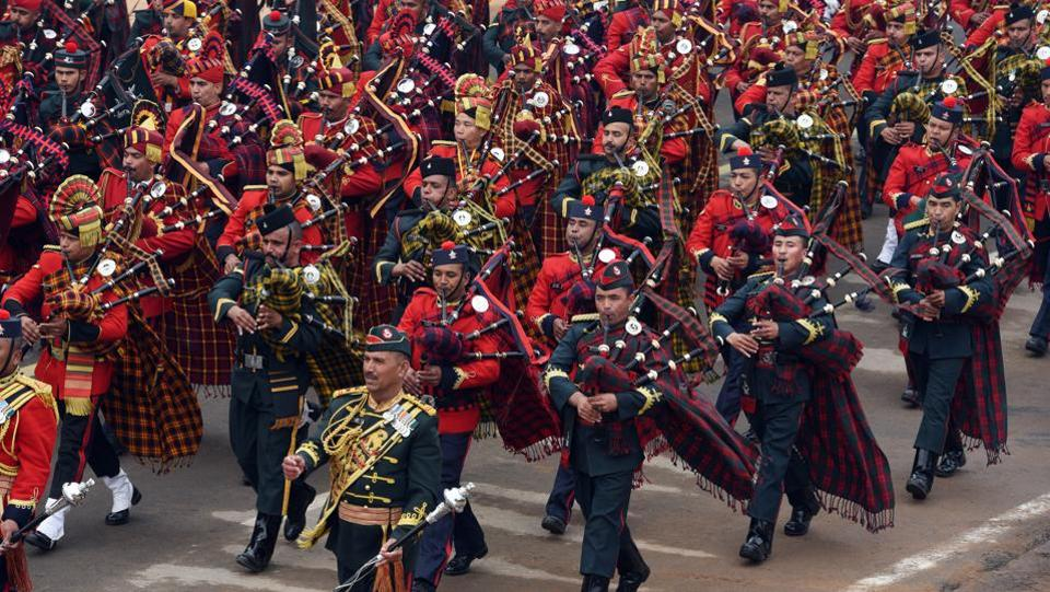 The Ladakh Regiment's bagpipers march to their own music. (Mohd Zakir / HT Photo)