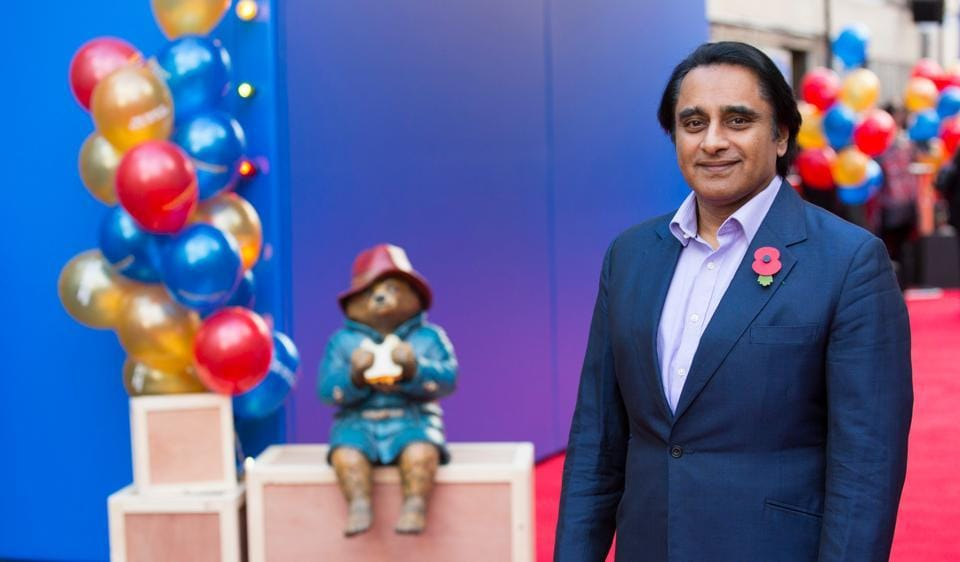 Hollywood,Sanjeev Bhaskar,Bollywood