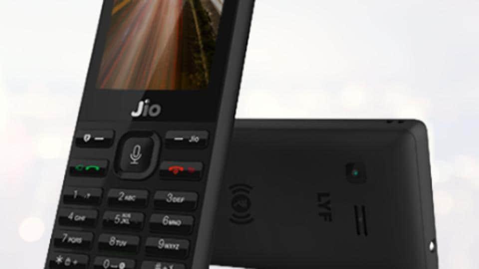 Jio carries more than 100 crore GB data per month